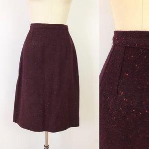 1960s VTG Flecked Maroon Wool Pencil Skirt U1044